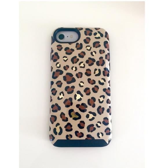 3e817fd769 NWT Vera Bradley Leopard Hybrid Phone Case